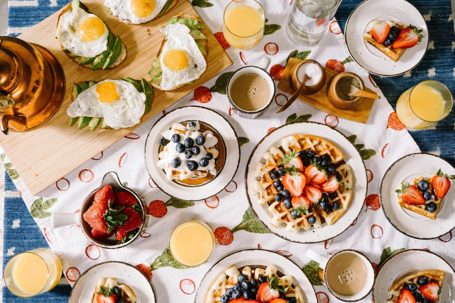 breakfast scaled - Home